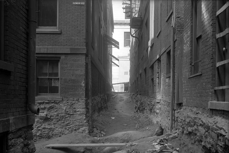 Retrographer - Scrip Alley