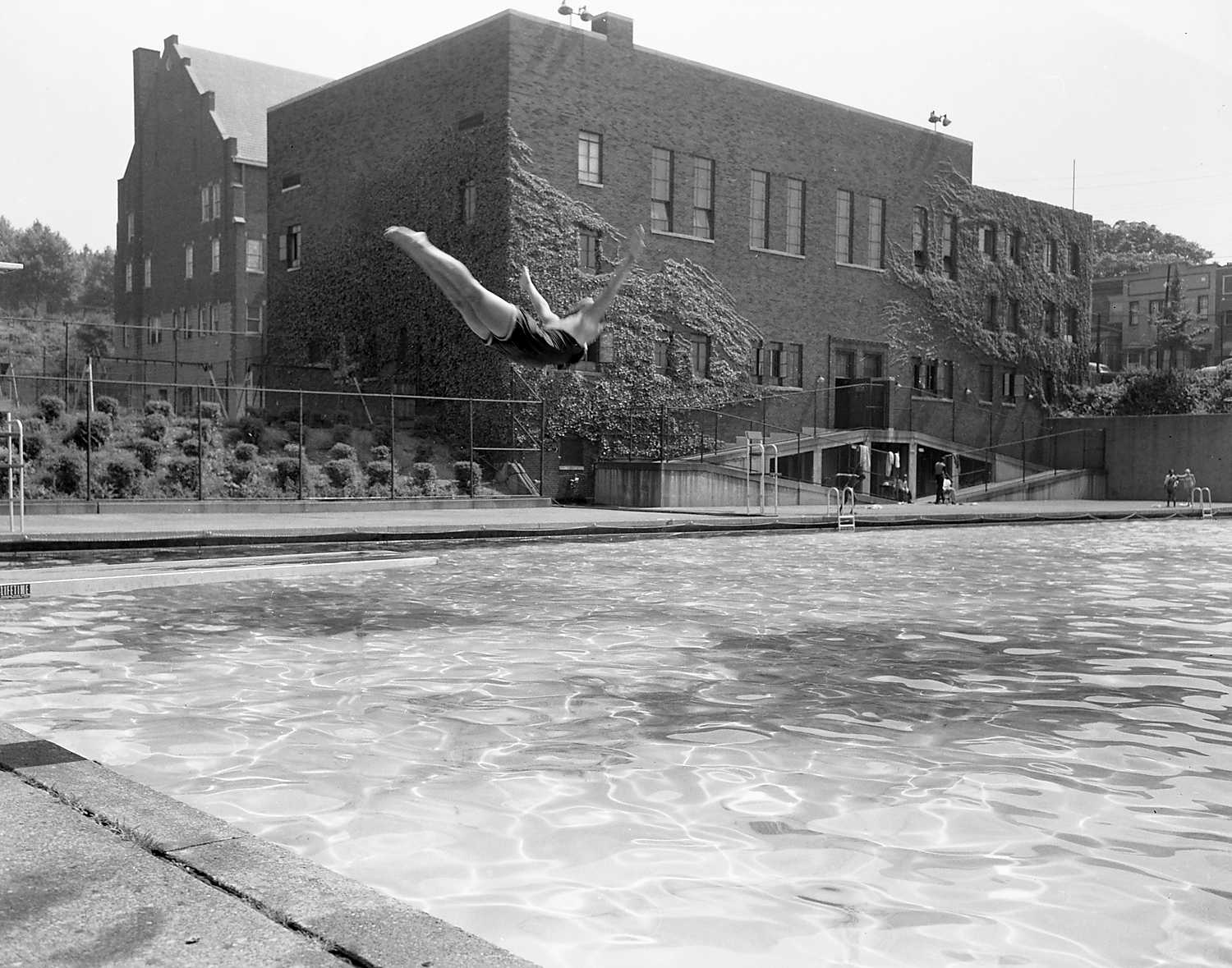 Ammon Swimming Pool: Diving Into The Pool